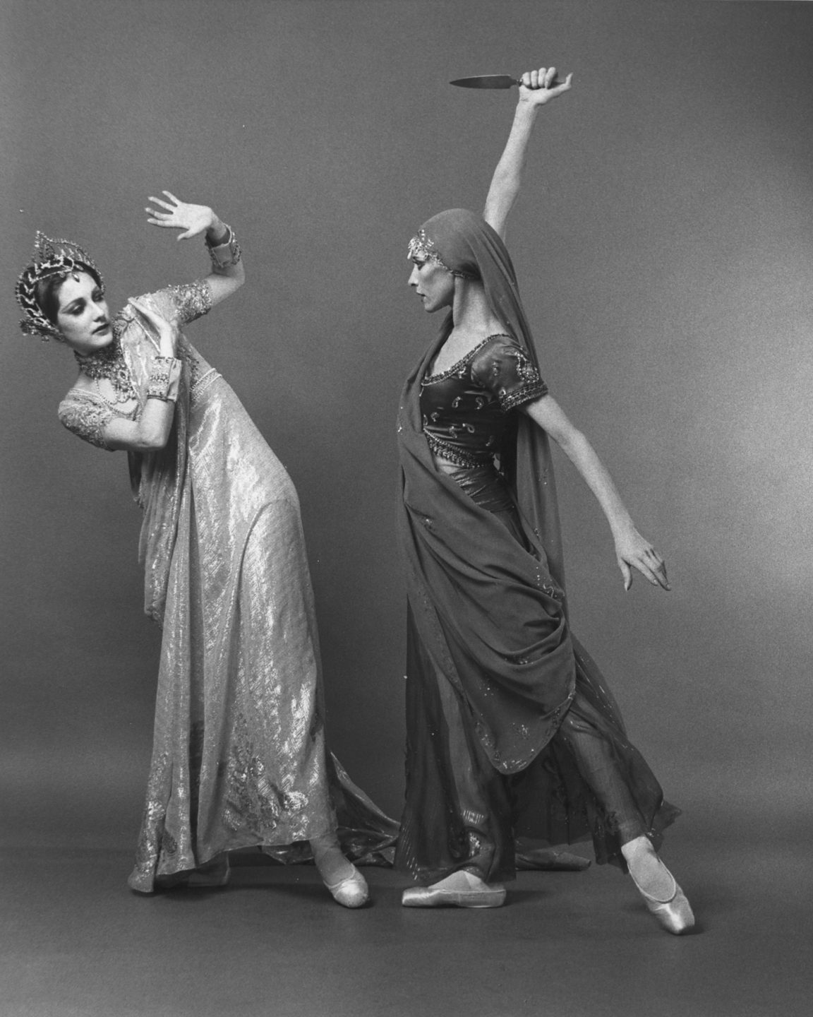 Cynthia Harvey and Natalia Makarova in <i>La Bayadère</i>. Photo: Kenn Duncan.
