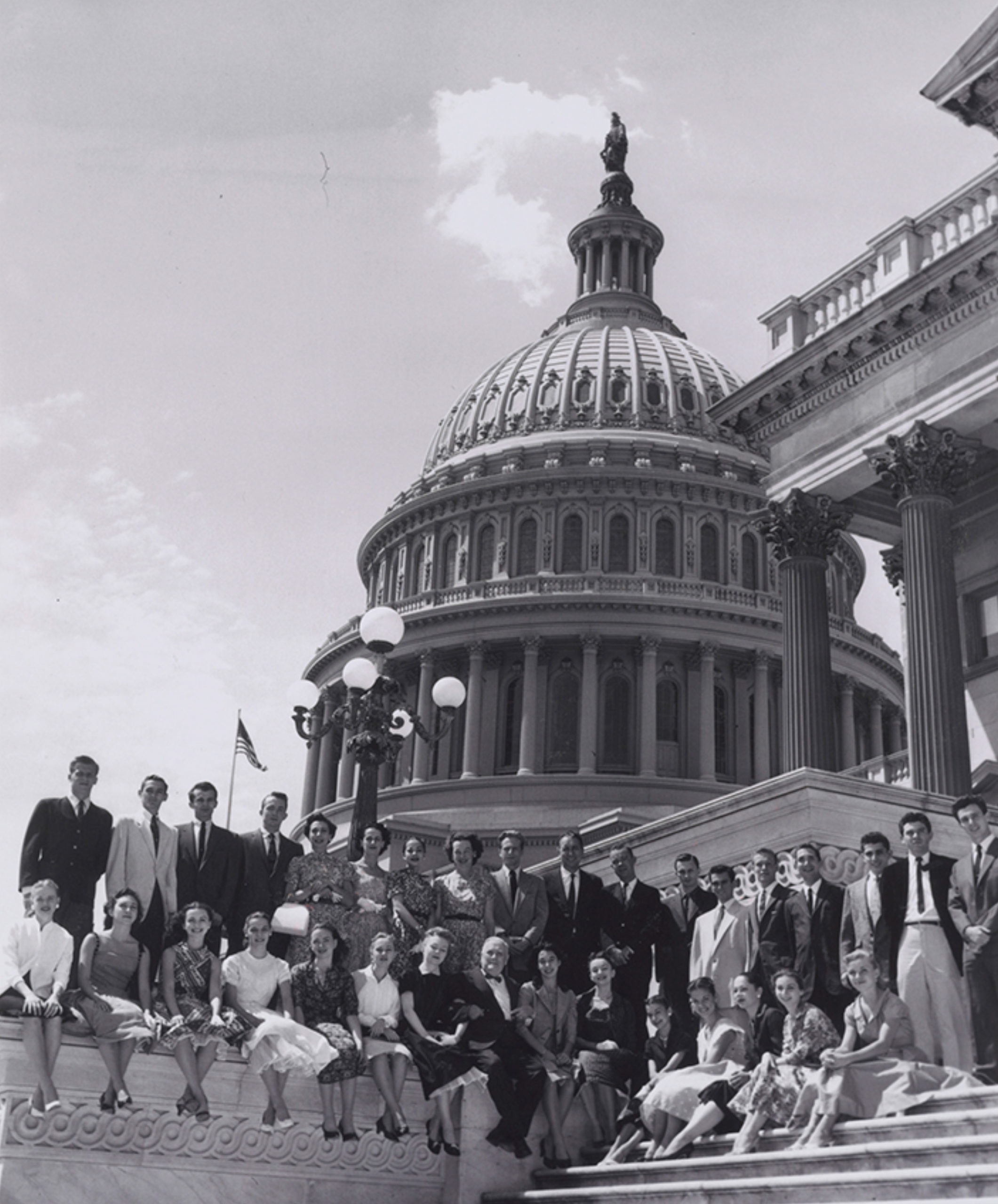 The Company on the steps of the U.S. Capitol building, 1962. Courtesy of American Ballet Theatre Collection, Music Division, Library of Congress.