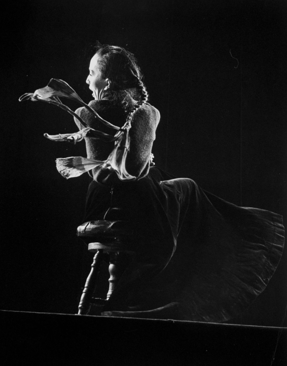 Carmelita Maracci. Photo by Gjon Mili.