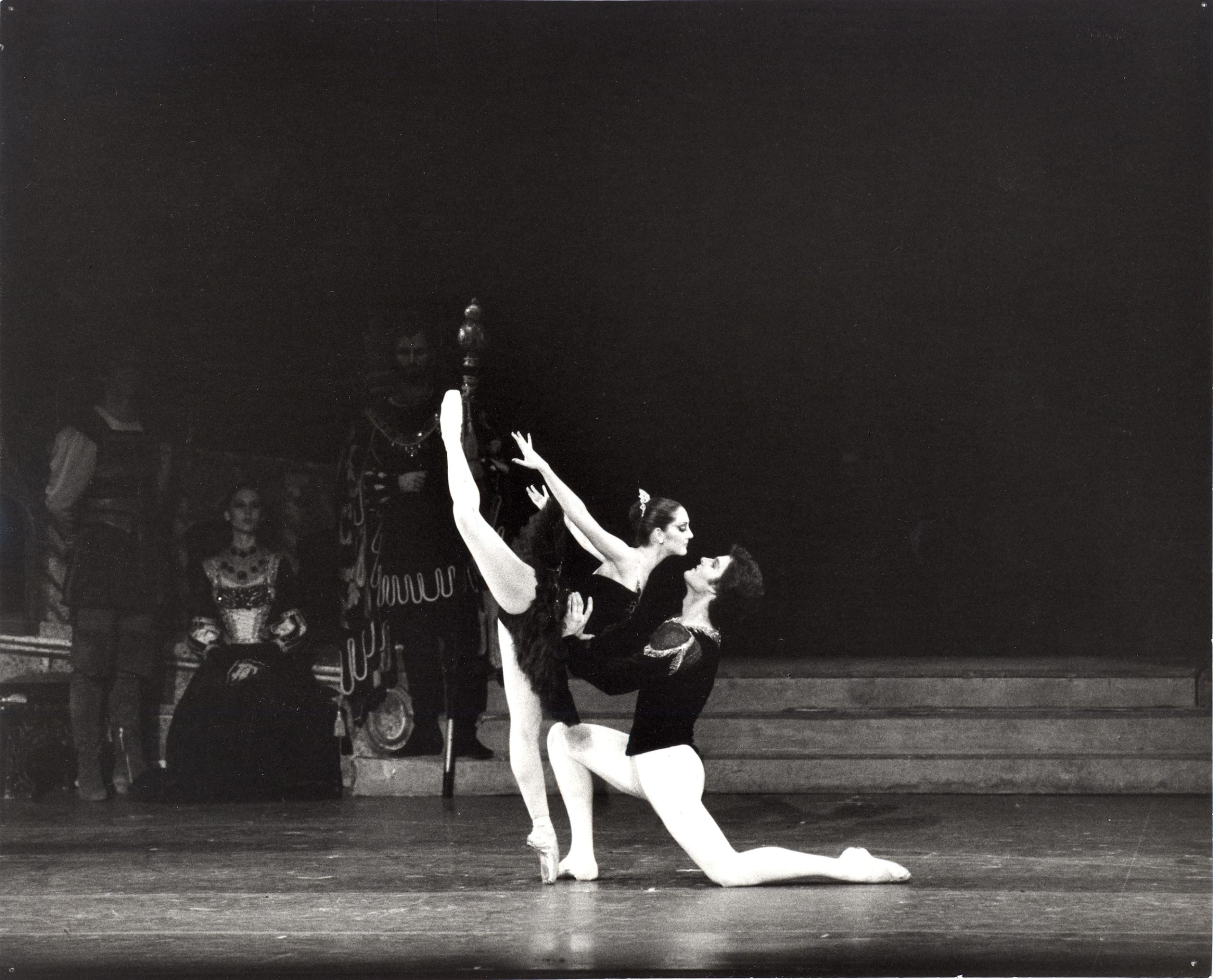 Cynthia Harvey and Patrick Bissell in <i>Swan Lake</i>. Photo: MIRA.
